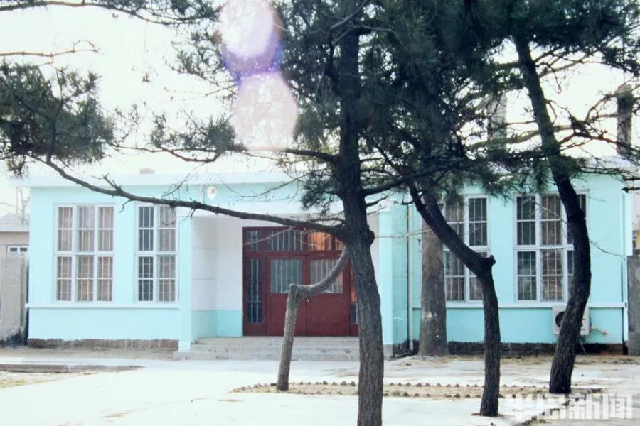 1982年,民航青岛站建站复航时使用的候机室。.jpg